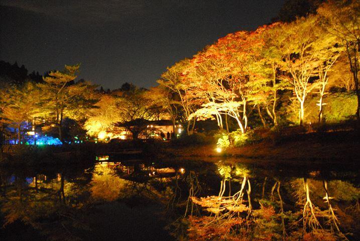 """秋の夜長に六甲山で""""ミーツ・アート"""""""