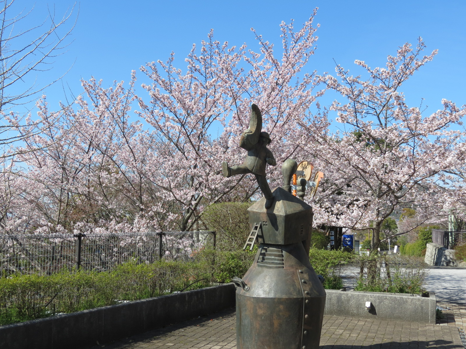 神戸の山手で見事なサクラを満喫!!