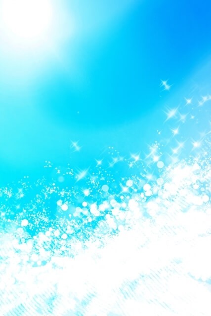 「六甲の天然水 マロッ」は夏の水遊びを応援しています